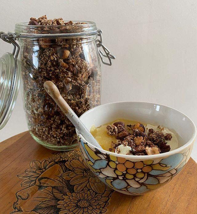Granola au chocolat sans sucre