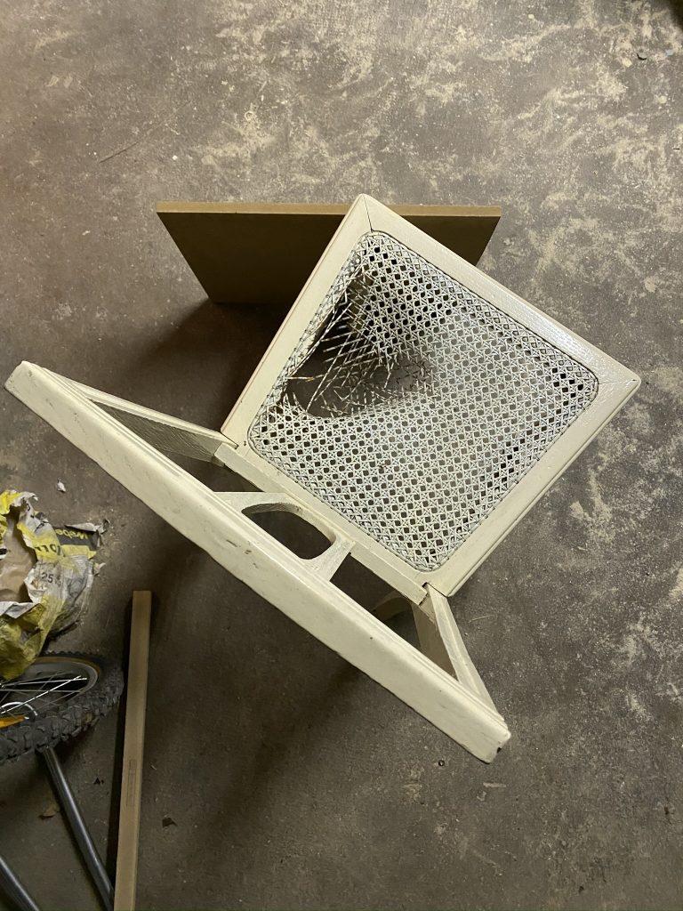 rénover une chaise : avant