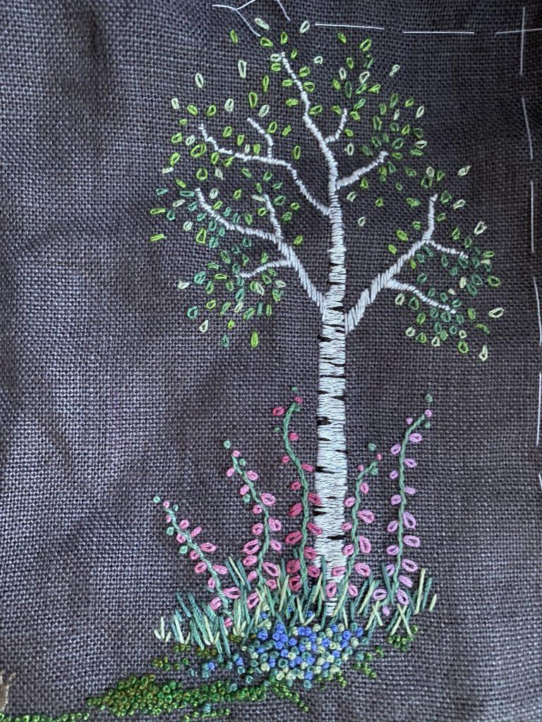 arbre brodé printemps