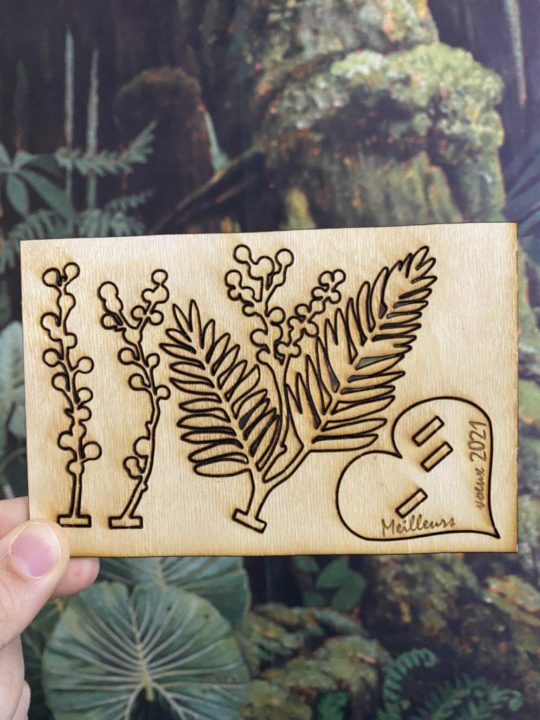 carte de voeux en bois brins de mimosa en bois