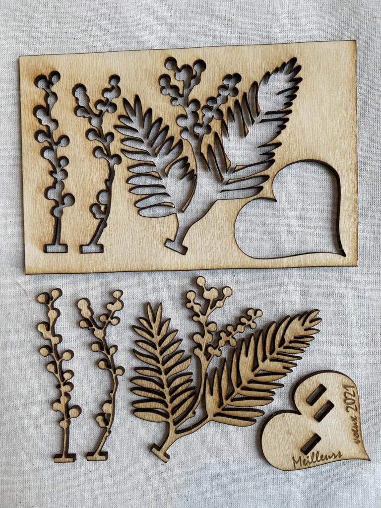 carte de voeux en bois découpé