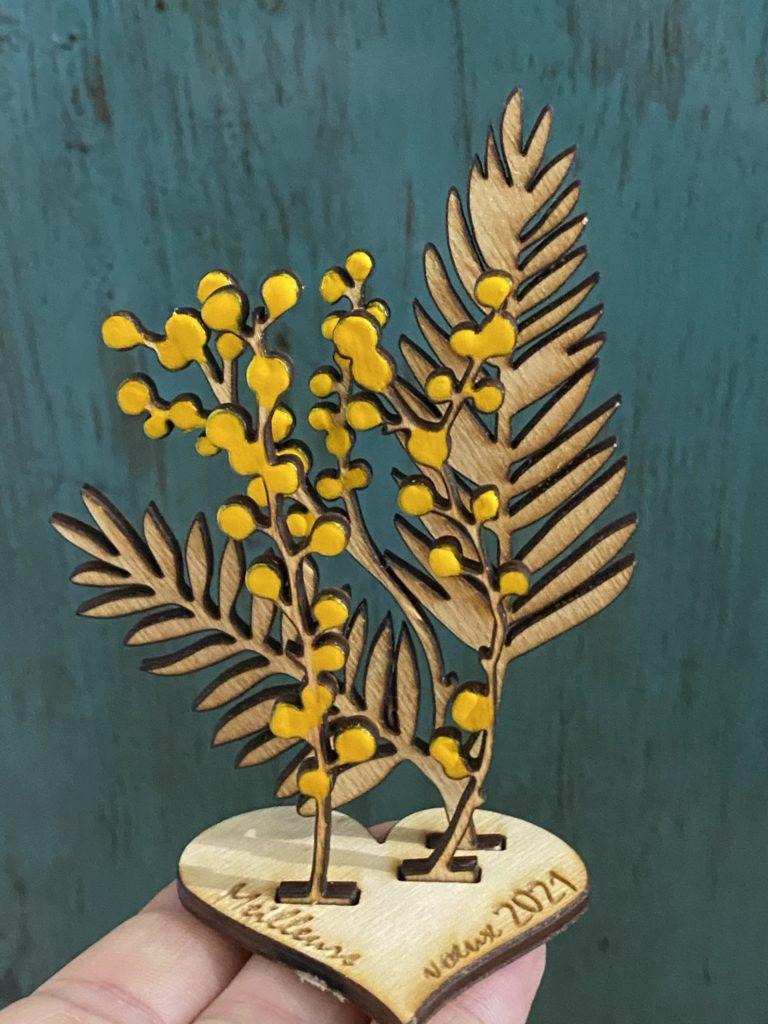 brins de mimosa en bois