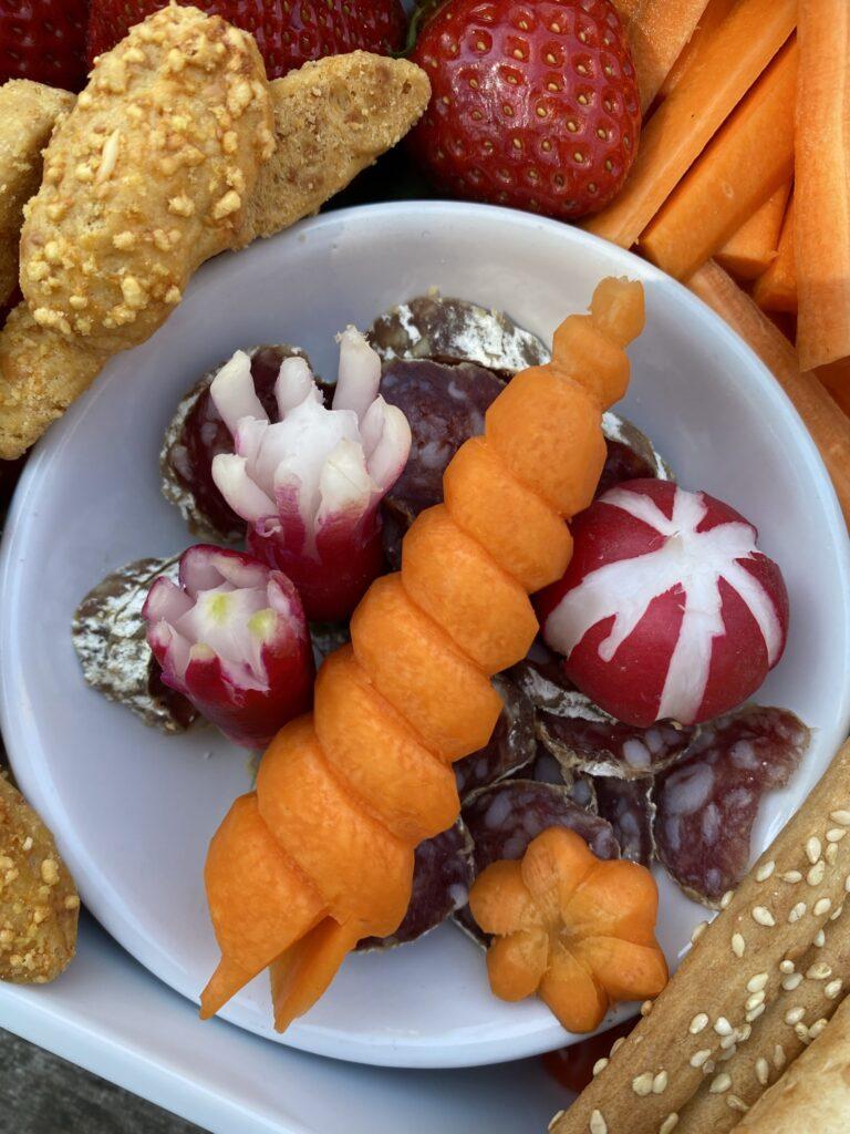 tailler une carotte en coquillage