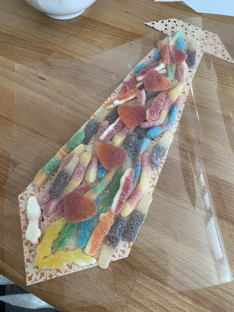 tuto cravate bonbon