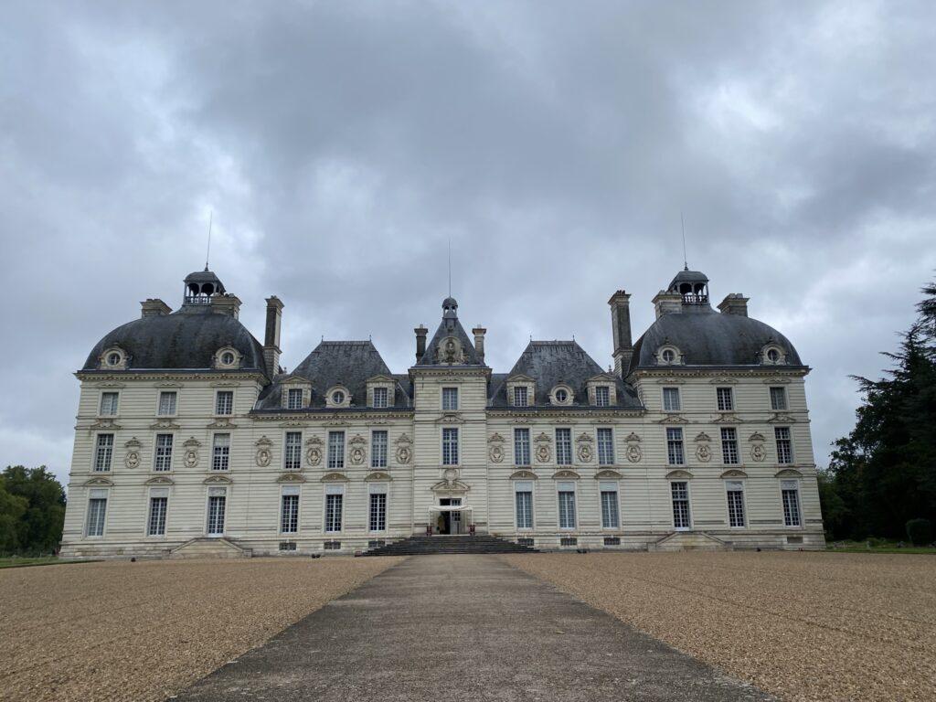 Châteaux de la loire : château de cheverny moulinsart